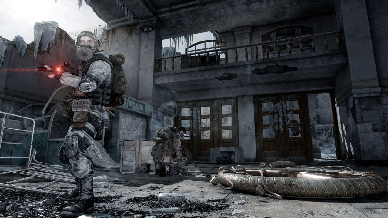 "Gameplay from ""Metro 2033"" - 2010"